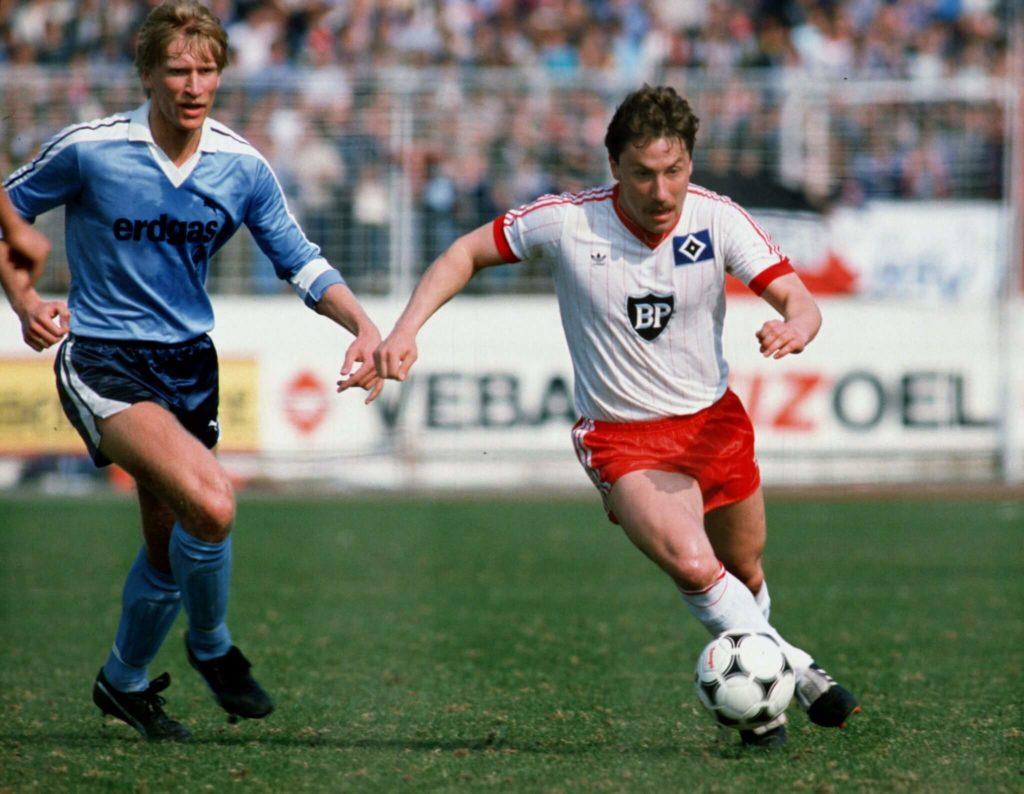 Uwe Rahn (links) wechselte von Gladbach nach Köln. Foto: Getty Images