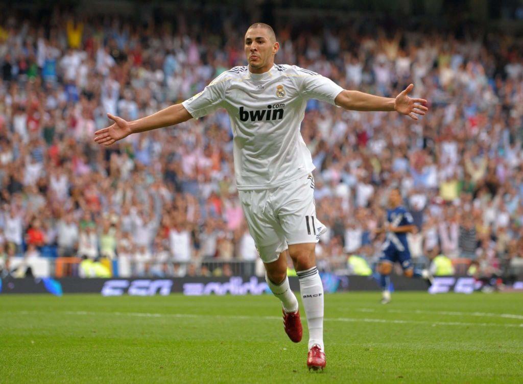 Karim Benzema trug auch schon mit 23 das Real-Trikot. Foto: Getty Images