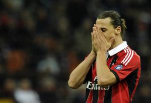 Der Karriere-Start von Zlatan Ibrahimovic, hier im Trikot des AC Mailand, begann mit einem Abstieg... (Photo by Claudio Villa/Getty Images)