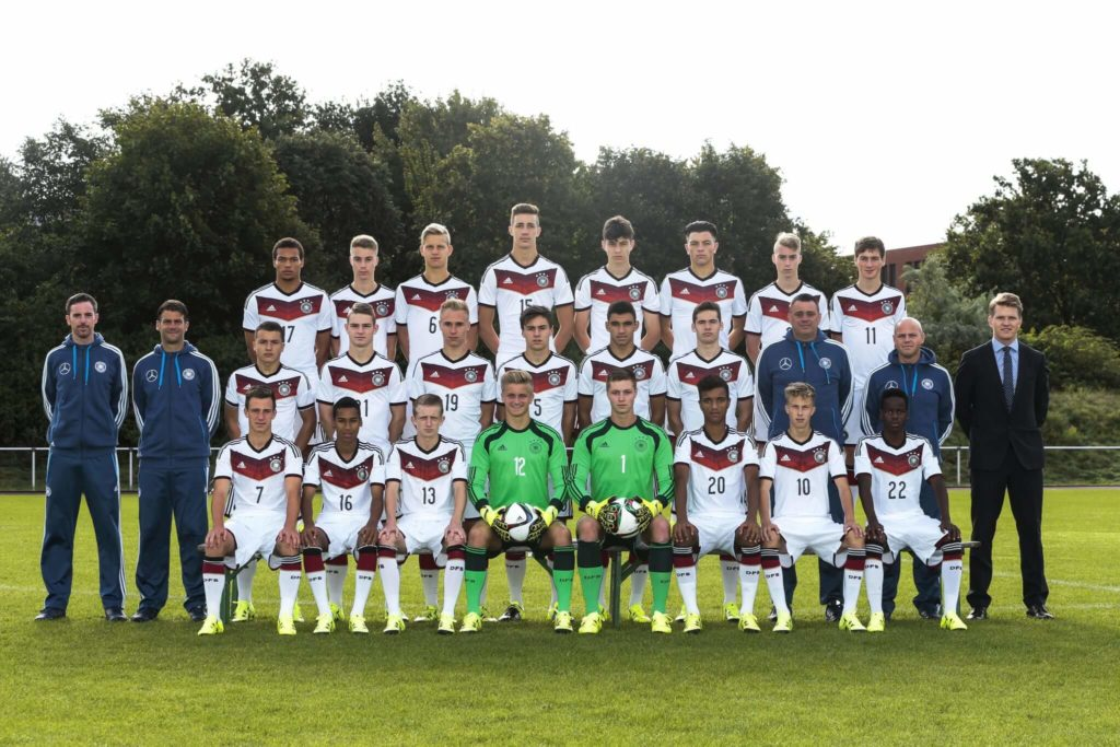 Das U17-Team des DFB am 7. September 2015 in Bremen. Foto: Getty Images