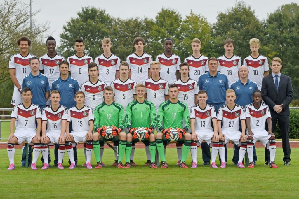 Das U16-Team des DFB am 10. September 2014 in Barnstorf. Foto: Getty Images