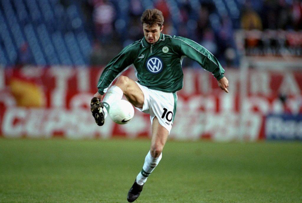 Krzysztof Nowak spielte einige Zeit für den VfL Wolfsburg. Foto: Allsport