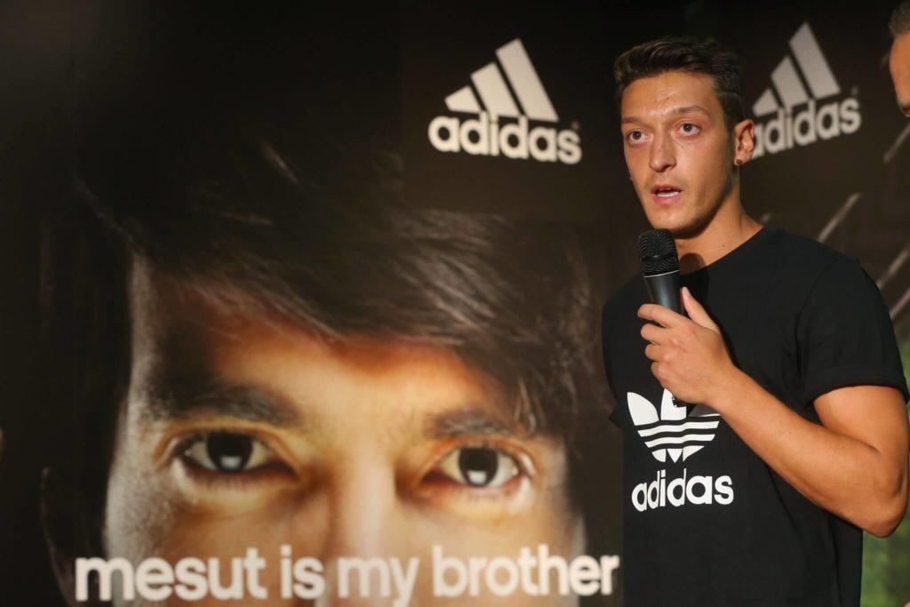 Mesut Özil traf sich einst offenbar regelmäßig mit Aida Yespica. Foto: Getty Images