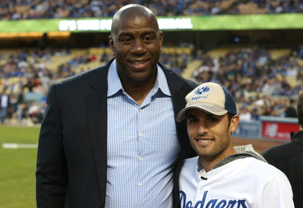 Landon Donovan (rechts) traf auch Basketball-Legende Magic Johnson. Foto: Getty Images