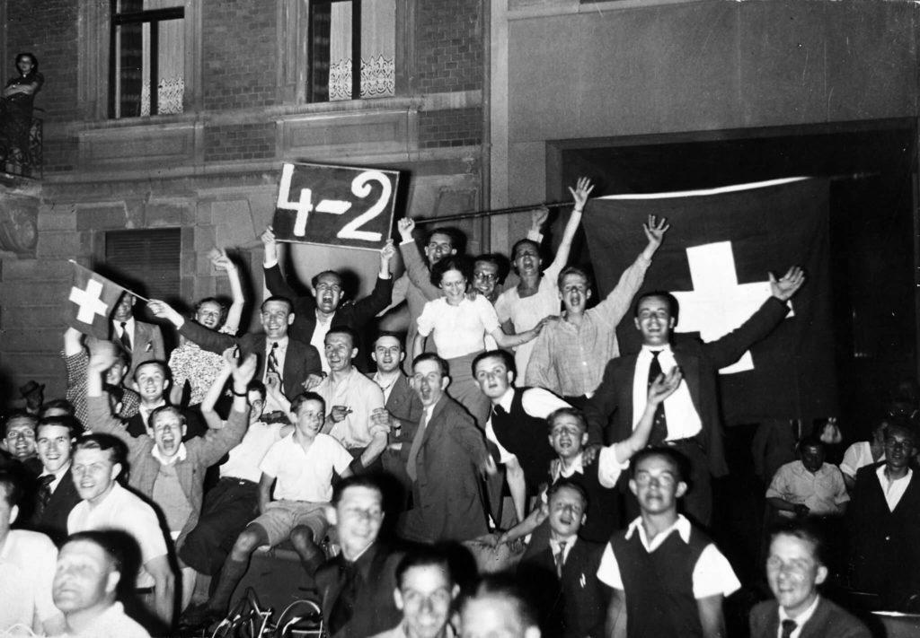 Jubel über den Sieg in der Schweiz. Foto: Imago