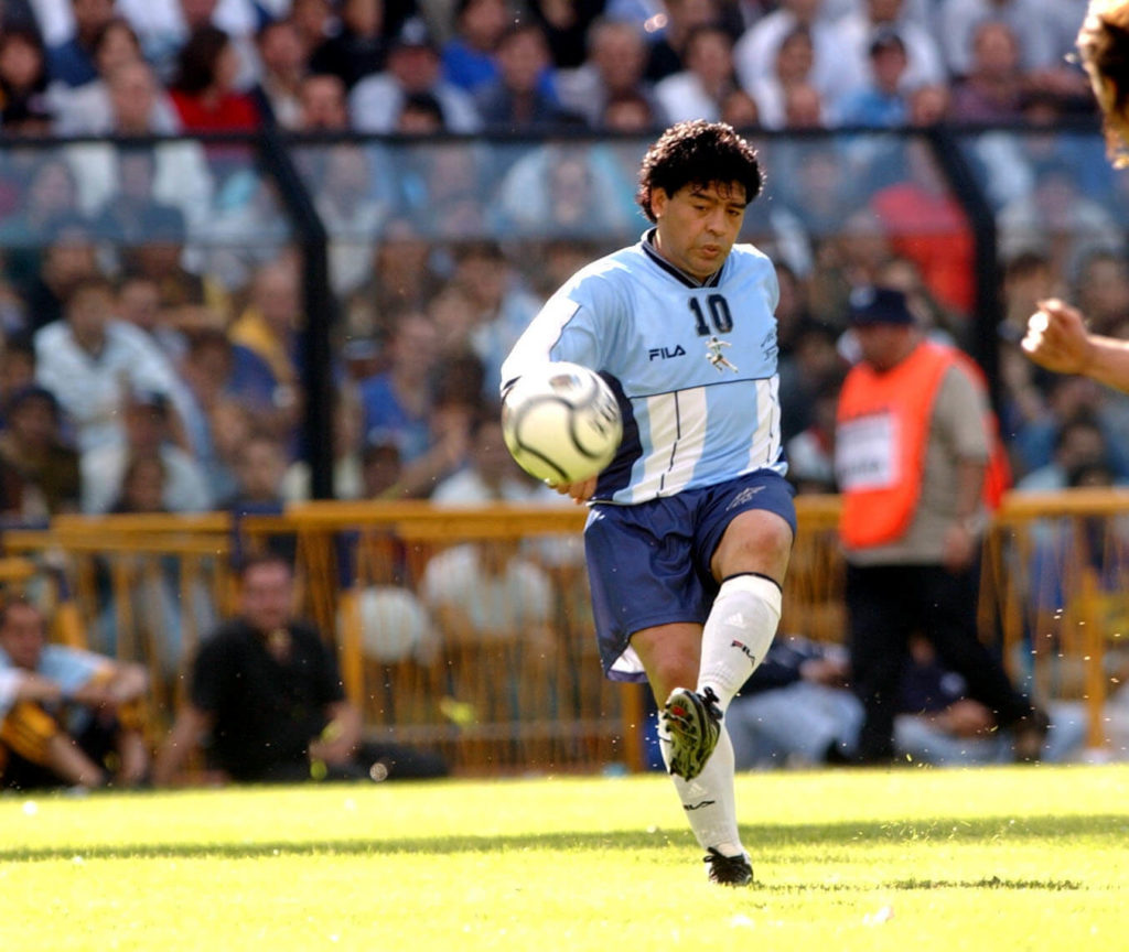 10 Nov 2001: Diego Maradona of Argentina in action during a tribute match held in his honour between Argentina and a World XI played in the Camilio Cichero Stadium (''La Bombonera''), Buenos Aires, Argentina. DIGITAL IMAGE.Photo: Gabriel Piko. Mandatory Credit: Allsport UK/ALLSPORT