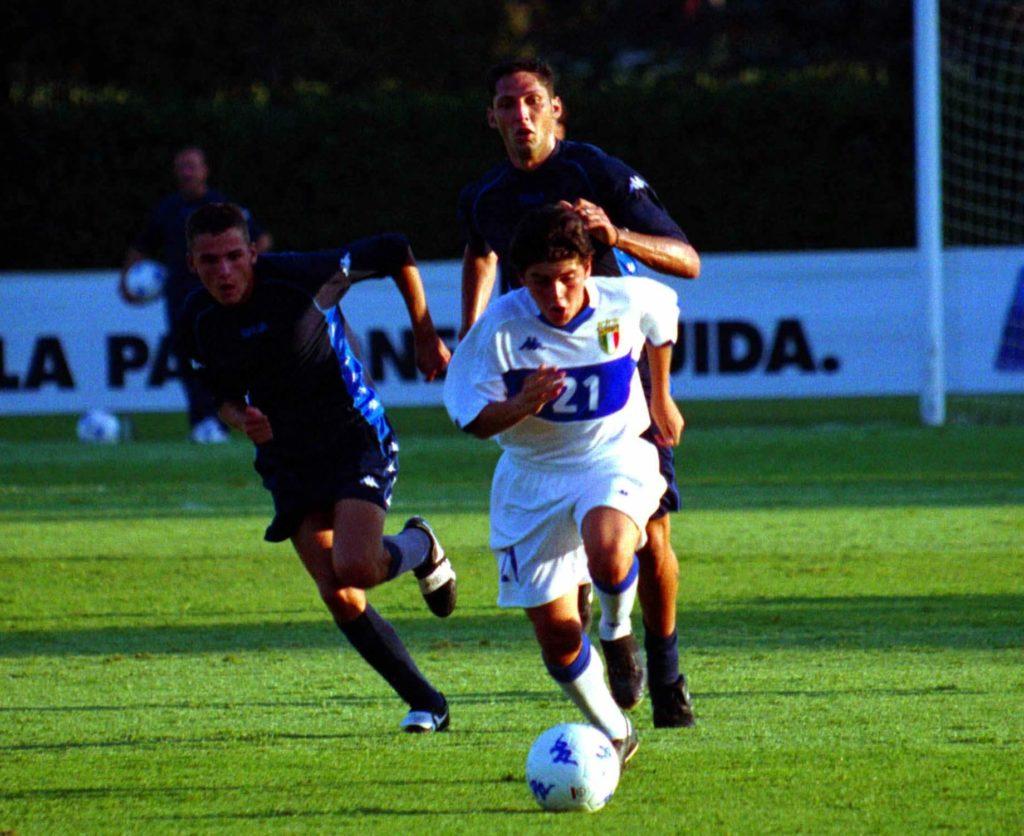 Diego Jr. zog es ebenfalls zum Fußball. Foto: Allsport