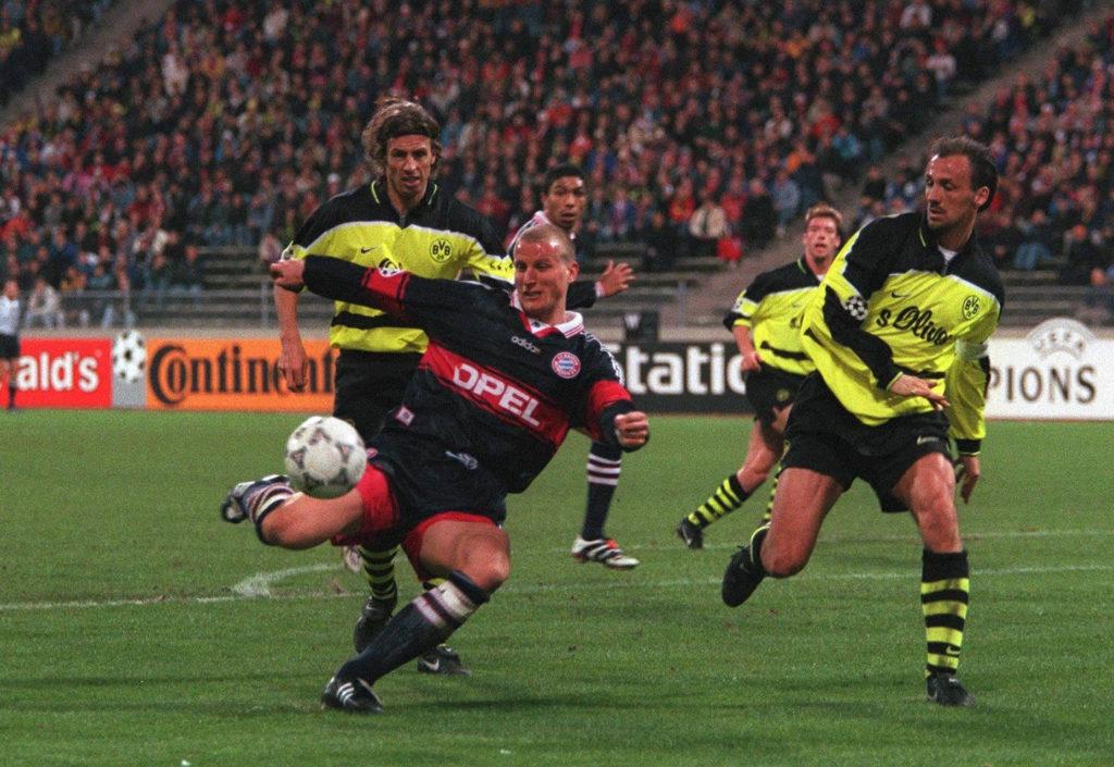 Auch die Bayern hatten mal Schulden und mussten Jürgen Kohler verkaufen. (Photo by Marcus Brandt/Bongarts/Getty Images)