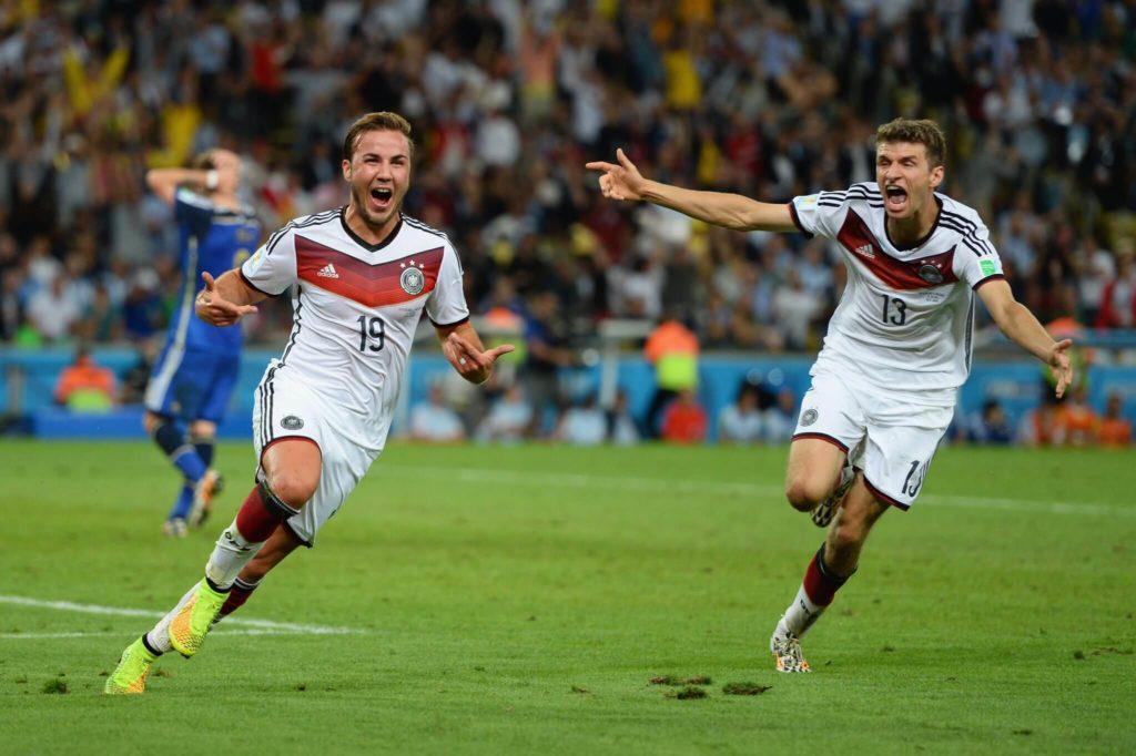 Mario Götze schoss Deutschland am 13. Juli 2014 im Finale gegen Argentinien (1:0 n. V.) zum 4. Weltmeisterschaftstitel.