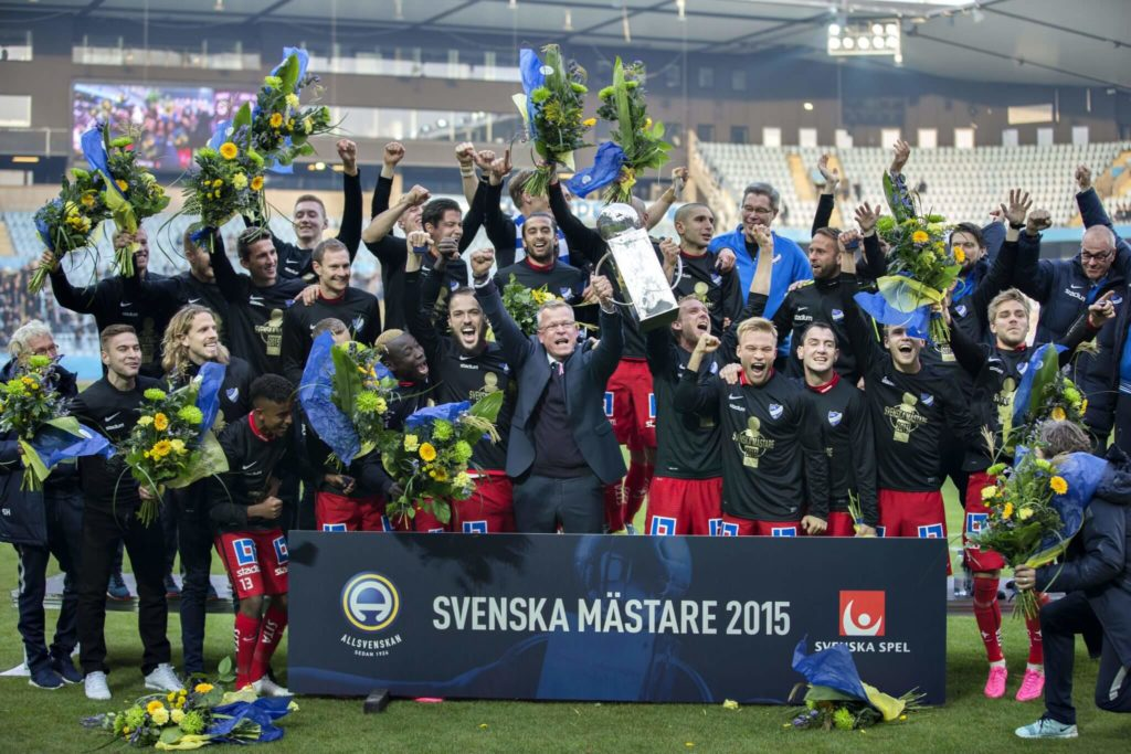 MALMO, SWEDEN - OCTOBER 31: IFK Norrkoping celebrates the gold after the match between Malmo FF and IFK Norrkoping at Swedbank Stadion on October 31, 2015 in Malmo, Sweden. (Photo by Lars Dareberg/Ombrello/Getty Images)