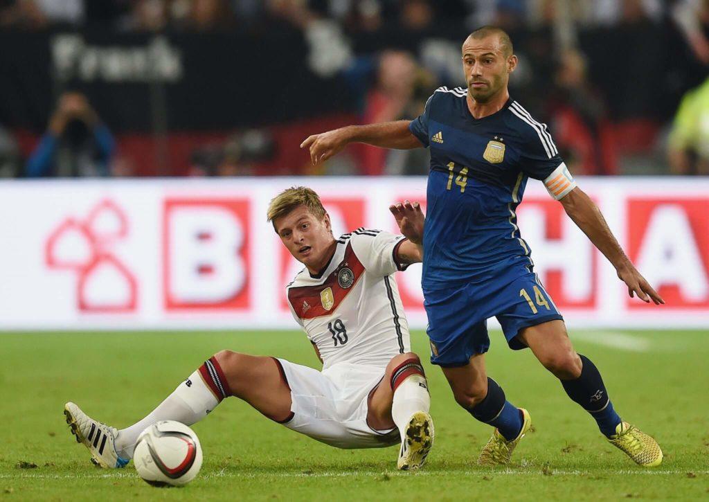 Javier Mascherano hat lange Zeit im defensiven Mittelfeld gespielt. Foto: Getty Images