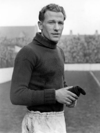 Bert Trautmann ist eine Legende in Manchester.