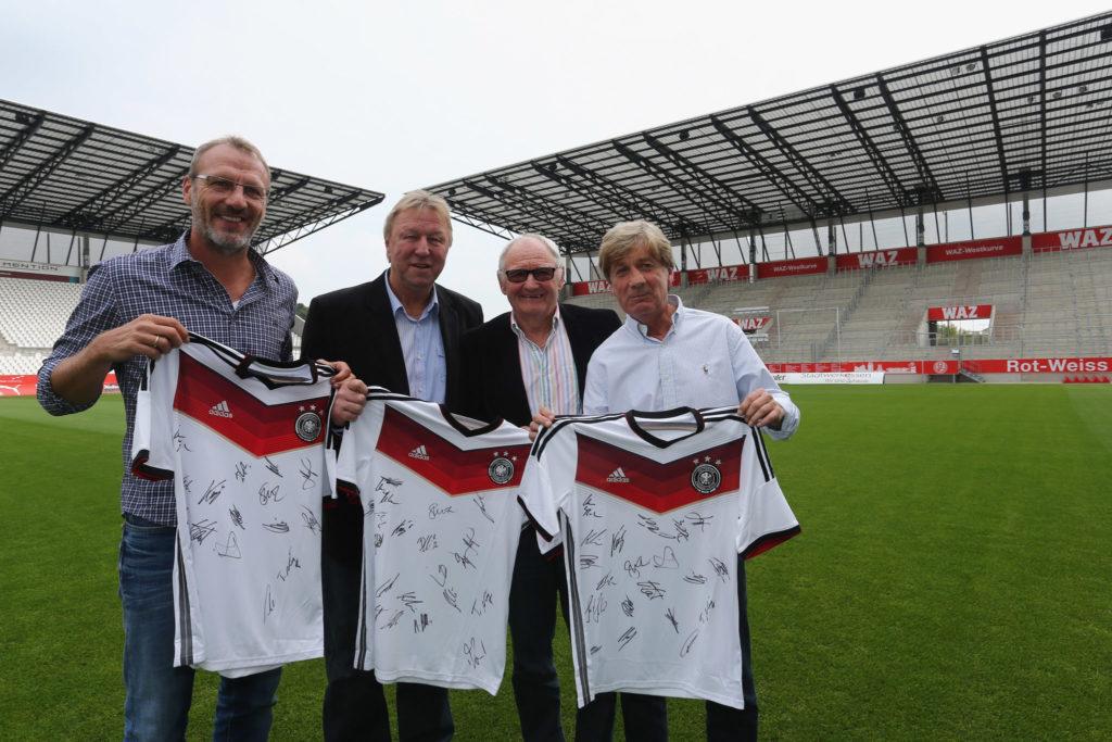 Legenden von Rot Weiss Essen - Willi Lippens, Frank Mill und Horst Hrubesch.
