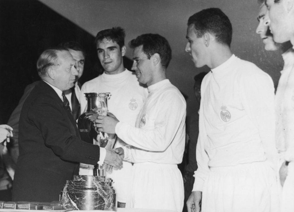 Verloren mt 3:7 ggen Real Madrid im Europacup der Landesmeister Finale 1960.