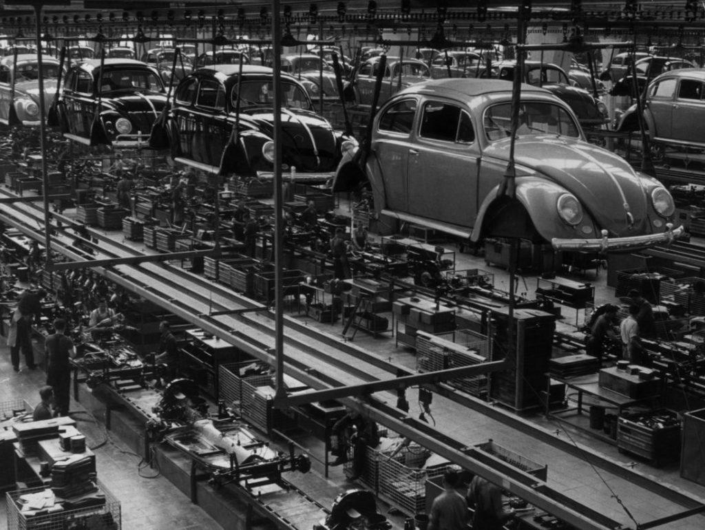 Wolfsburg und der VW Käfer.