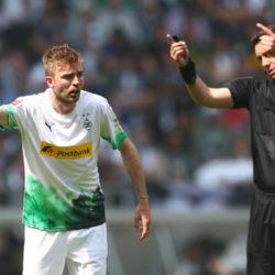 MOENCHENGLADBACH, GERMANY - MAY 18: Christoph Kramer of Moenchengladbach gives instructions during the Bundesliga match between Borussia Moenchengladbach and Borussia Dortmund at Borussia-Park on May 18, 2019 in Moenchengladbach, Germany.