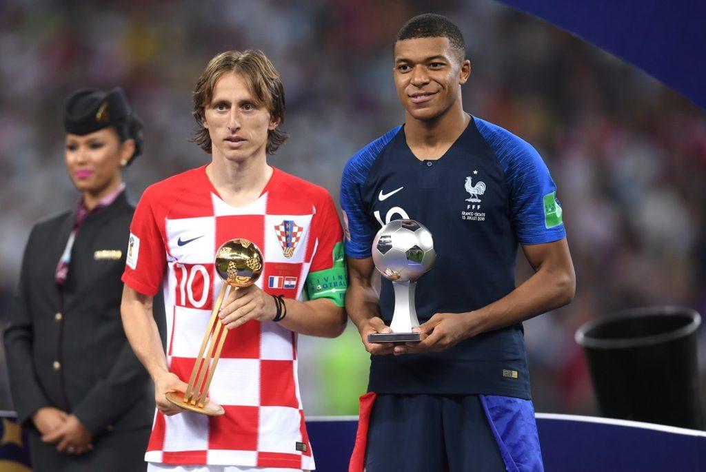 Kylian Mbappé wurde bei der Weltmeisterschaft 2018 in Russland zum besten Nachwuchsspieler des Turniers gekürt. Links: Der beste Spieler der Endrunde, Luka Modric vom Vize-Weltmeister Kroatien.