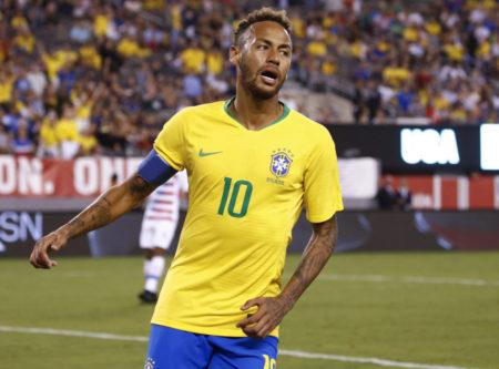 Neymar verletzte sich im Freundschaftsspiel der Selecao gegen Kamerun.