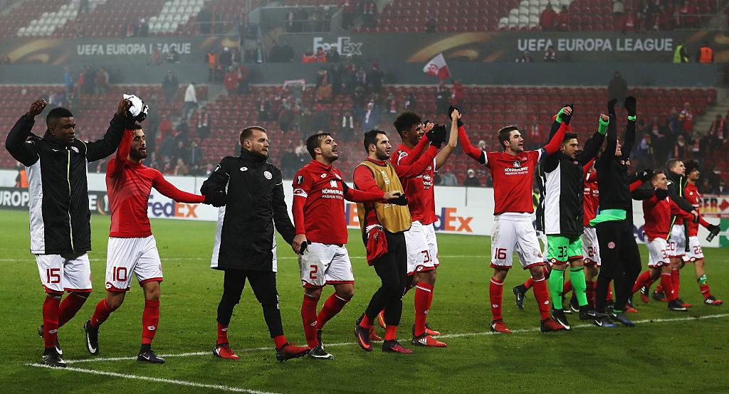 2016 - Ein großes Jahr für Mainz 05. Erstmals spielt der Klub aus Rheinland-Pfalz in der Europa-League-Gruppenphase und verabschiedete sich als 3. von seinen Fans.