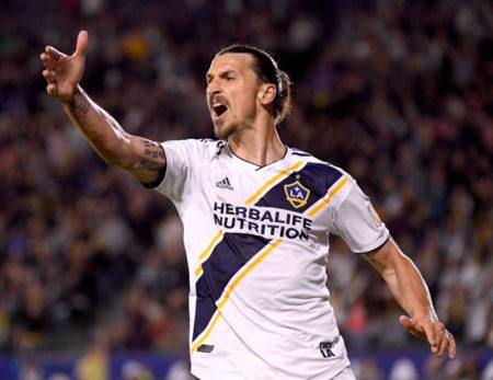 Zlatan Ibrahimovic macht auch mit 37 Jahren bei Los Angeles Galaxy noch Dampf.