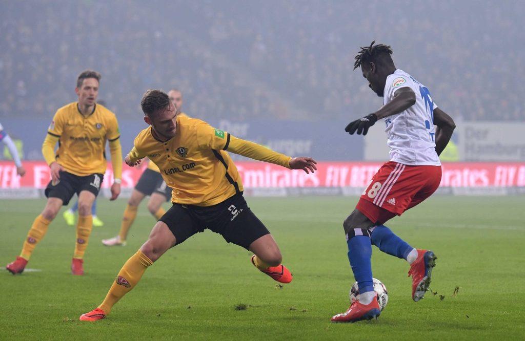 Bakery Jatta im Spiel gegen Dynamo Dresden.