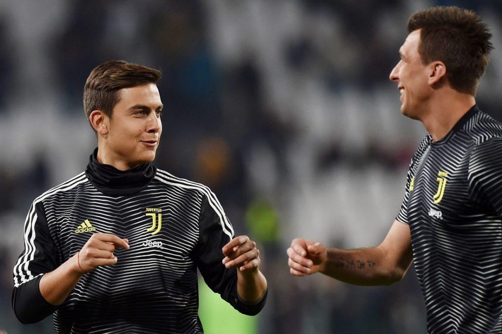 Die guten Zeiten in Turin sind für Mario Mandzukic (r.) passé...