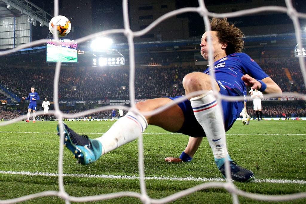 Diese Rettungsaktion von David Luiz vom FC Chelsea vor der Torlinie kostete Eintracht Frankfurt das Europa-League-Finale. (