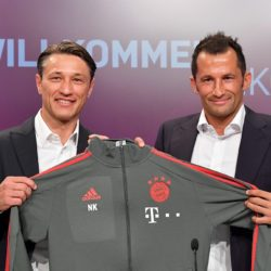 Wie sehr steht Bayern-Sportdirektor Hasan Salihamidzic (r.) wirklich zu Trainer Niko Kovac, den er hier am 2. Juli 2018 in München vorstellt...?