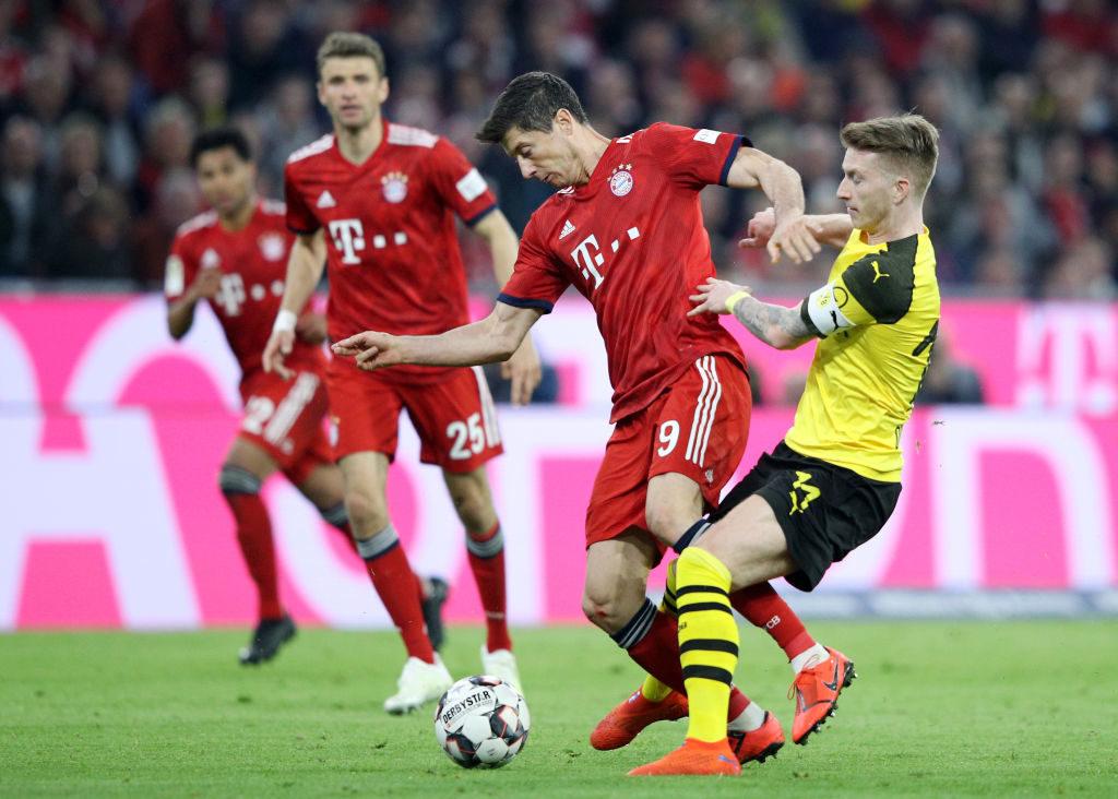 Im Spitzenduell FC Bayern München gegen Borussia Dortmund am 6. April 2019 ließen Robert Lewandowski und die Bayern Marco Reus und den BVB mit 5:0 stehen...