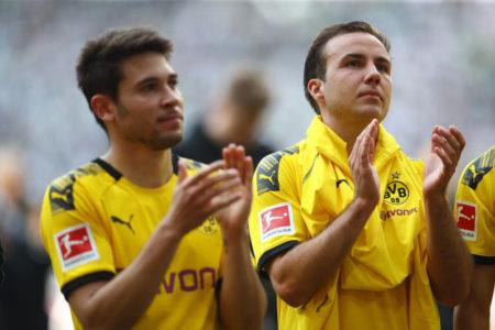 Mario Götze (r.) verpasste mit Borussia Dortmund 2019 die Deutsche Meisterschaft. Titel als Perspektive sind eine Bedingung für seine mögliche Vertragsverlängerung...