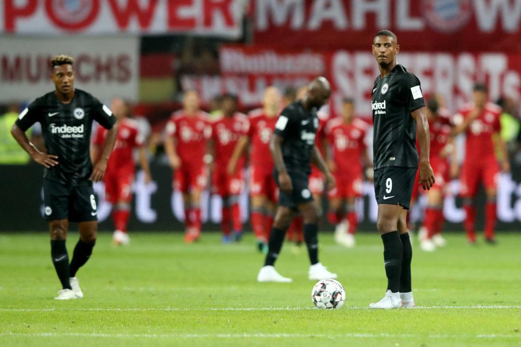 Kein Team unterlag im Supercup höher als Pokalsieger Eintracht Frankfurt 2018 gegen den FC Bayern München...