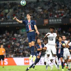 Edinson Cavani, hier beim französischen Supercup in China gegen Stade Rennes, brachte PSG im Liga-Spiel gegen den Pokalsieger in Führung.