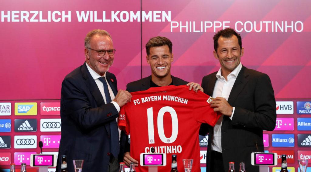 Beim FC Bayern schien der Transfer-Stau nach der Leihe von Philippe Coutinho (,m.), endlich aufgelöst...