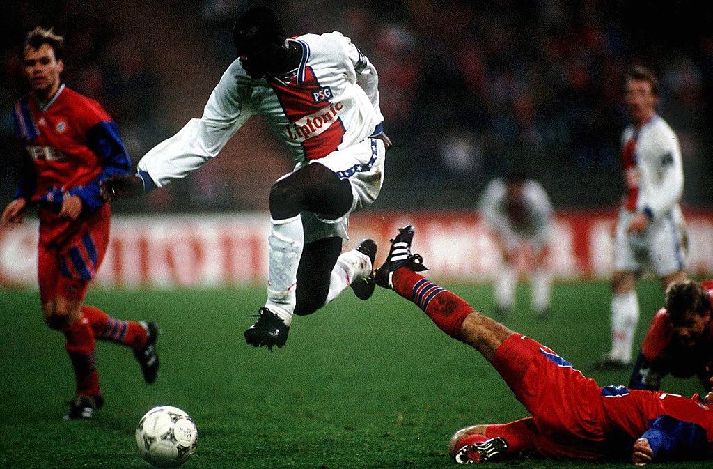 Bessere Stürmer als George Weah in der Bundesliga? Einer von vielen Irrtümern für den FC Bayern München in der Premieren-Saison in der Champions League 1994/95.