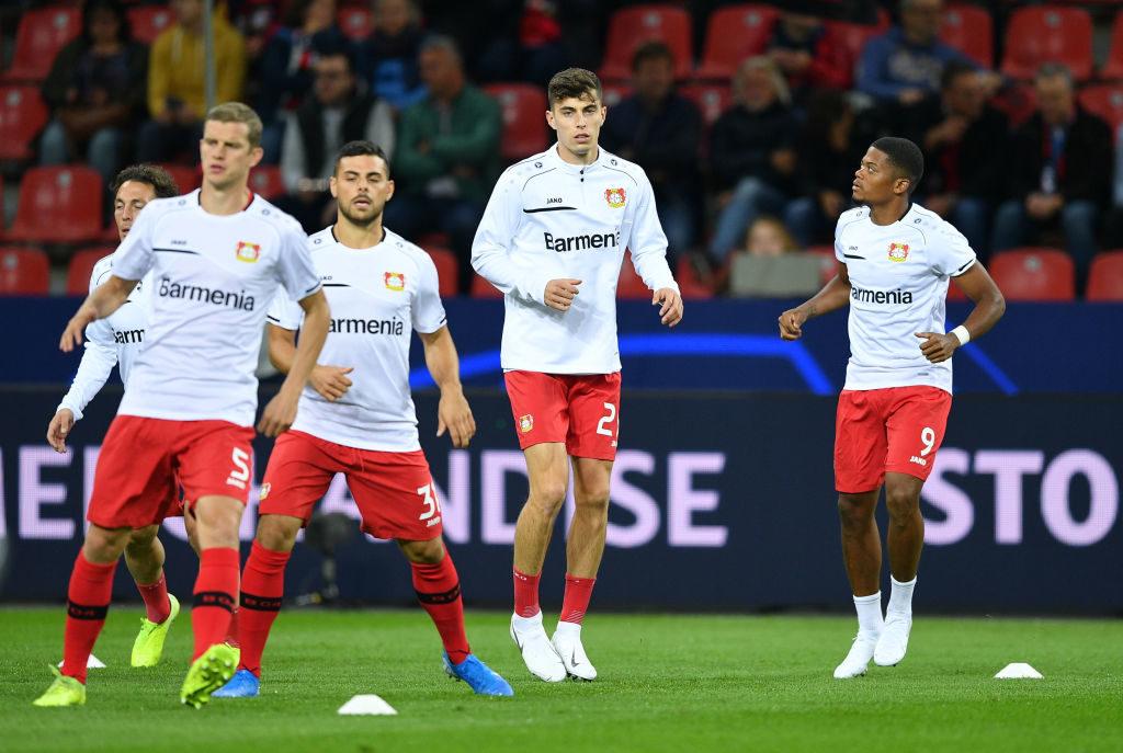 Kai Havertz und Bayer Leverkusen beim Warm-up vor der Partie gegen Lokomotive Moskau in der Champions League. Die folgenden 90 Minuten werden eine weitere Enttäuschung bringen.