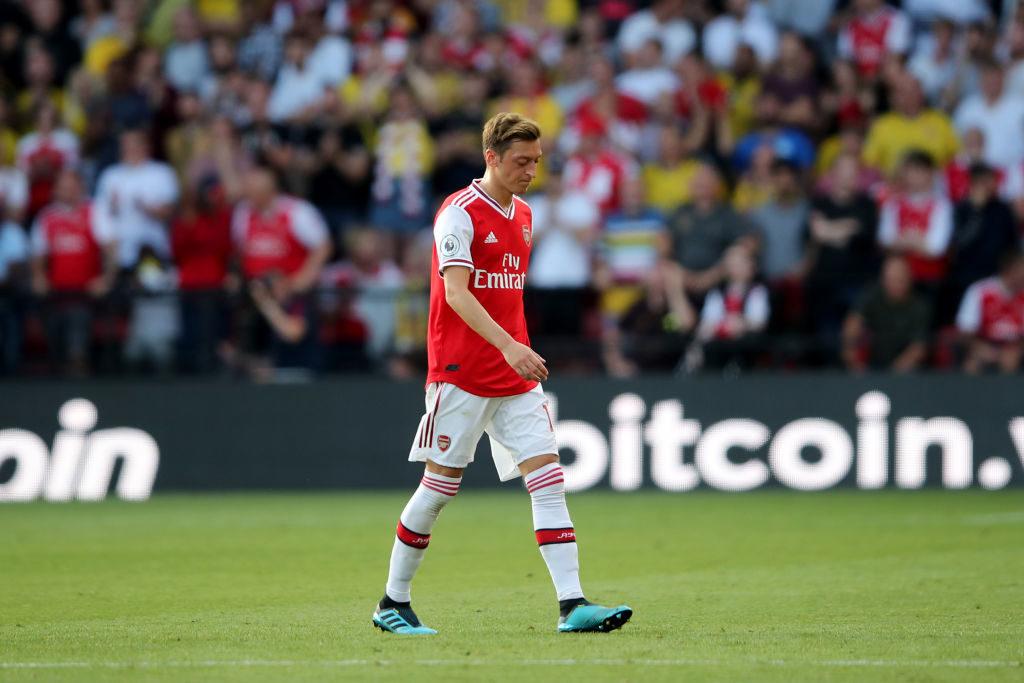 Die Partie beim FC Watford inklusive Auswechslung war am 14. September das erste Saisonspiel für Mesut Özil 2019/2020 beim FC Arsenal...