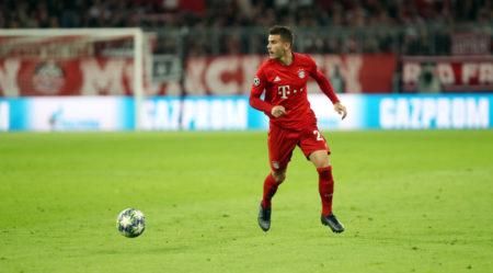 Lucas Hernández im Champions-League-Spiel FC Bayern München - Roter Stern Belgrad (3:0).