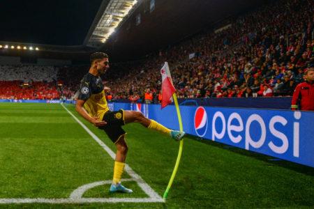 Achraf Hakimi erlöste Borussia Dortmund mit 2 Toren beim Champions-League-Spiel in Prag.