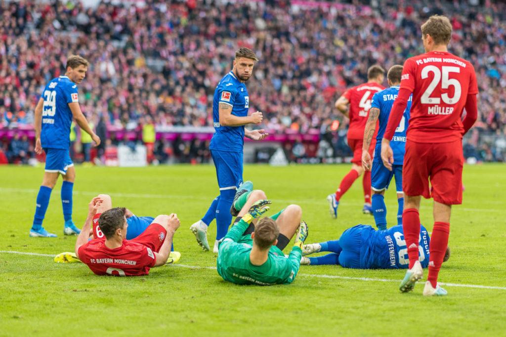 Ein Bild sagt mehr als 1.000 Worte: Die TSG 1899 Hoffenheim schickte den FC Bayern mit (v. l.) Robert Lewandowski und Manuel Neuer auf die Bretter.