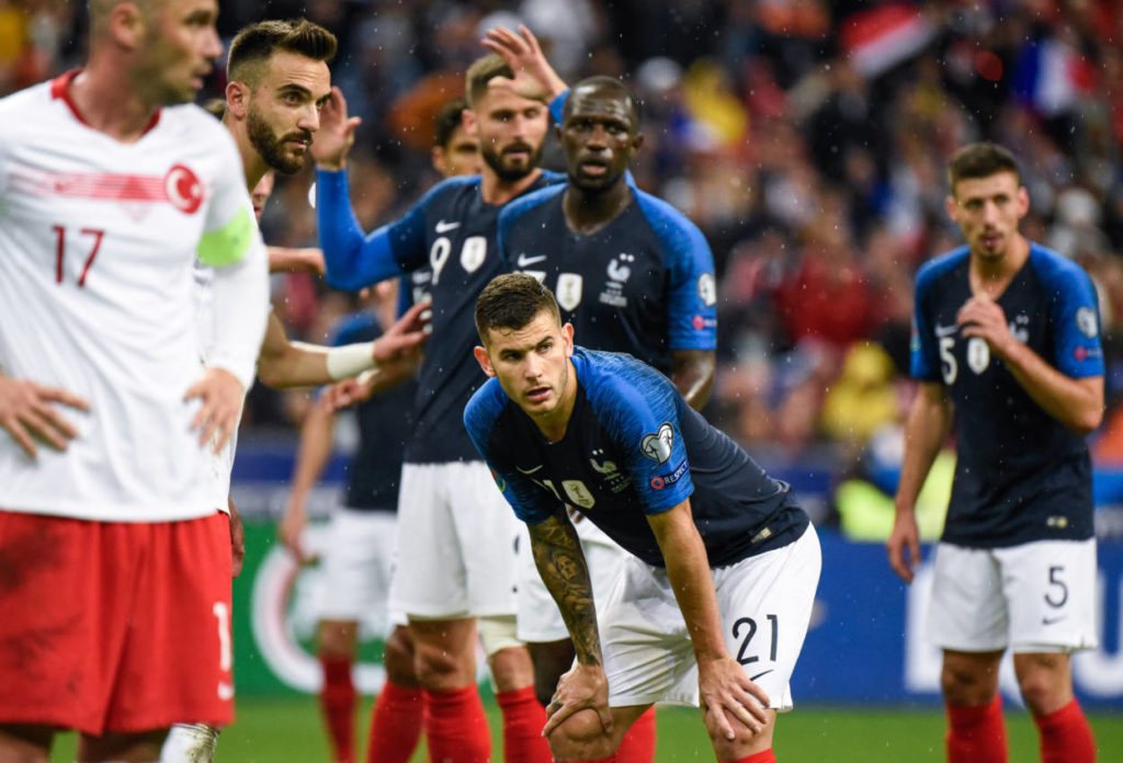EM-Qualifikation verpasst: Bayern-Star Lucas Hernandez (vorn) und Frankreich müssen noch warten...
