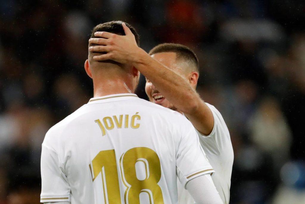 Luka Jovic und Eden Hazard (r.) spielen erst seit Sommer 2019 für Real Madrid.