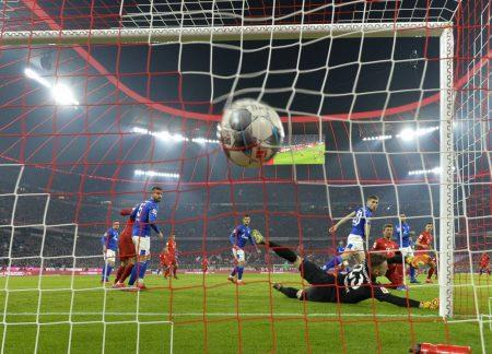 Ball, Tor, Bundesliga