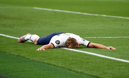Spurs boss Jose Mourinho hails striker Harry Kane after the England international scored a late second goal against West Ham.