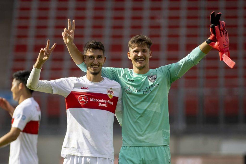 Gregor Kobel, VfB Stuttgart, Atakan Karazor