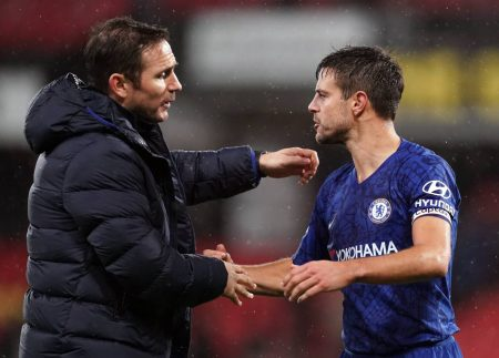 Chelsea boss Frank Lampard confirms that Christian Pulisic, Azplicueta and Pedro won't make it to the second leg against Bayern in the CL.